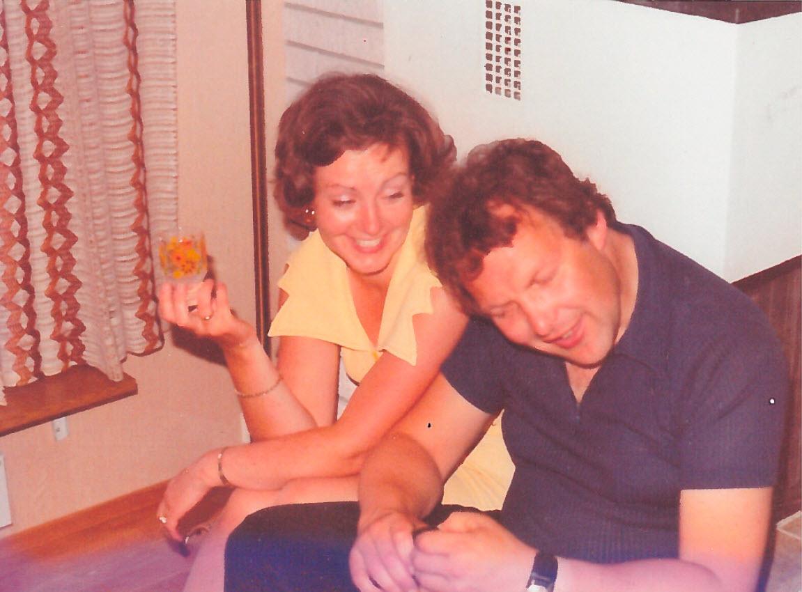Pappa og Rita forteller historier i fra sin barndom